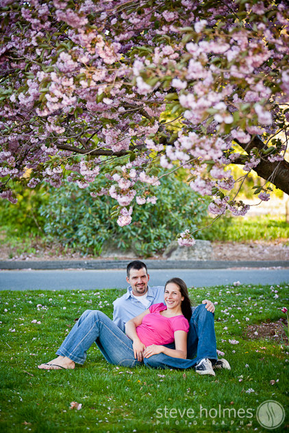 Beautiful spring blooms in Stanley Park for Emily and Bo's engagement session.