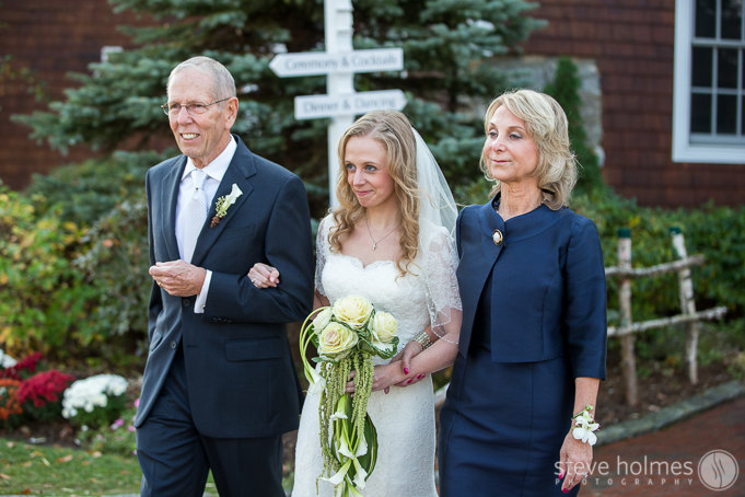Caroline and her parents heading to meet David