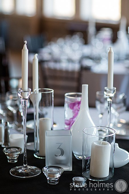 Table setting incorporating white winter details.