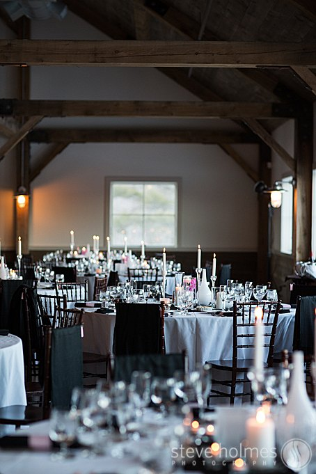 The reception took place in The Mountain Top Inn & Resorts new Barn.