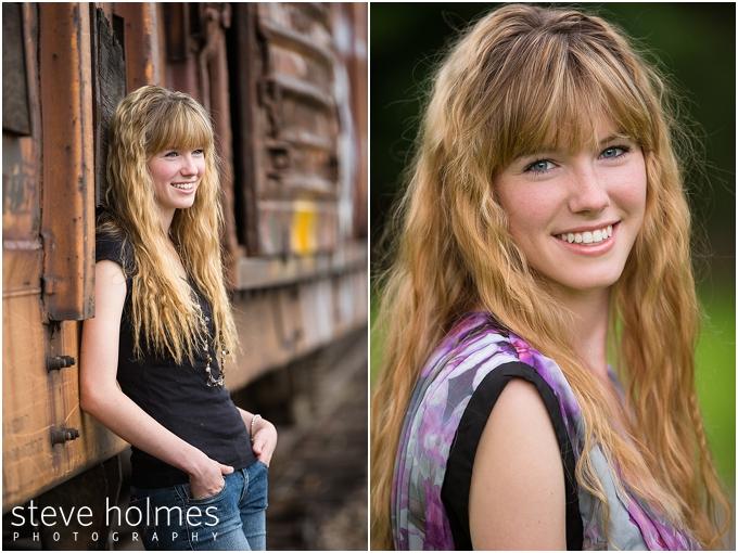 7_girl-smiling-for-vermont-senior-portraits