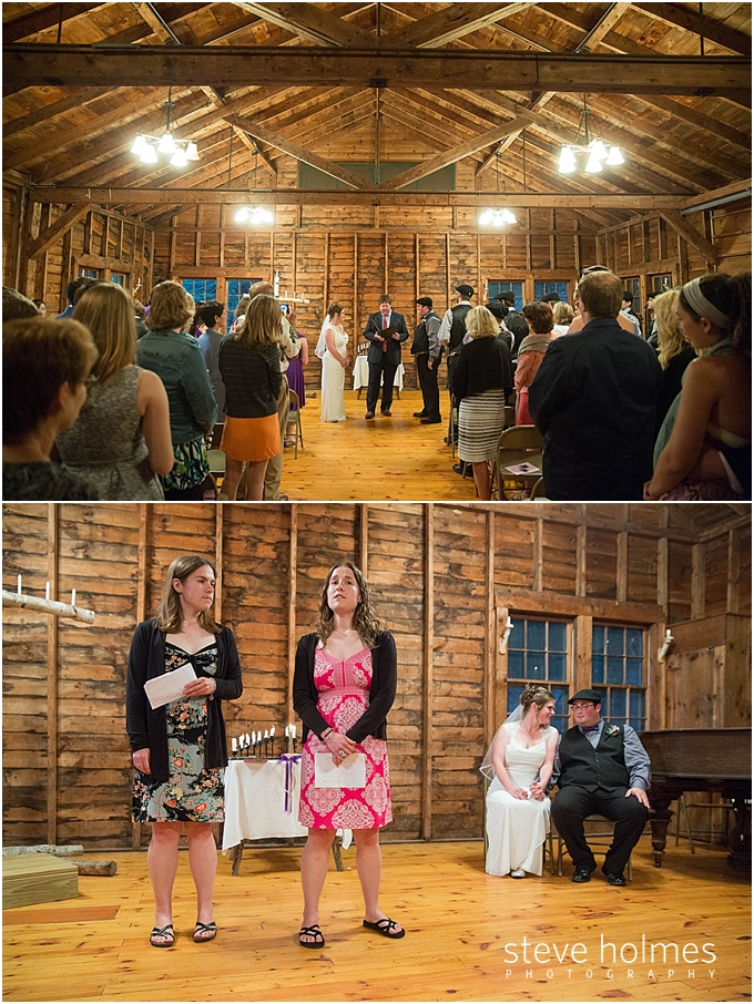 34_wedding-ceremony-wooden-barn