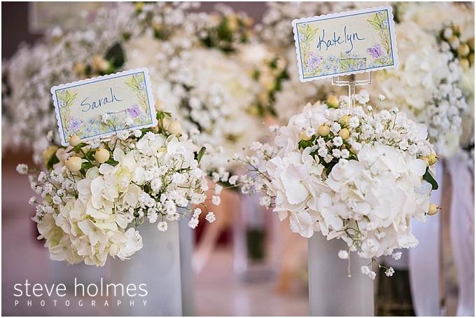 11_bridesmaids-bouquets