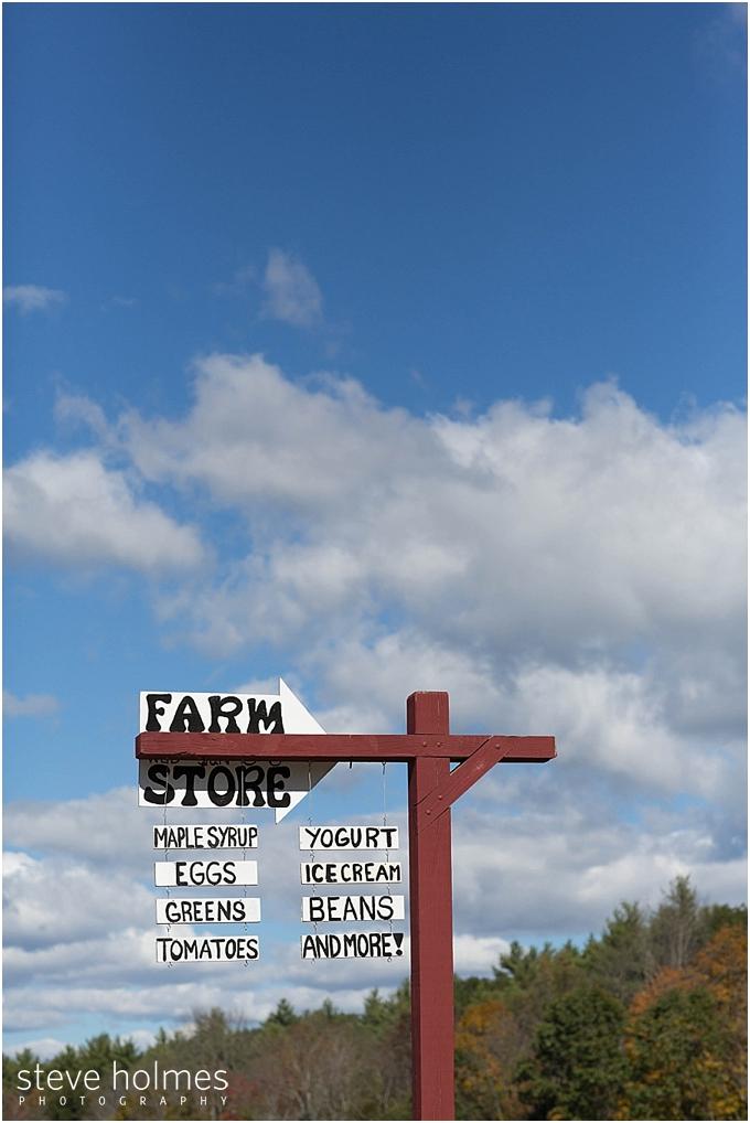 21_farm-sign