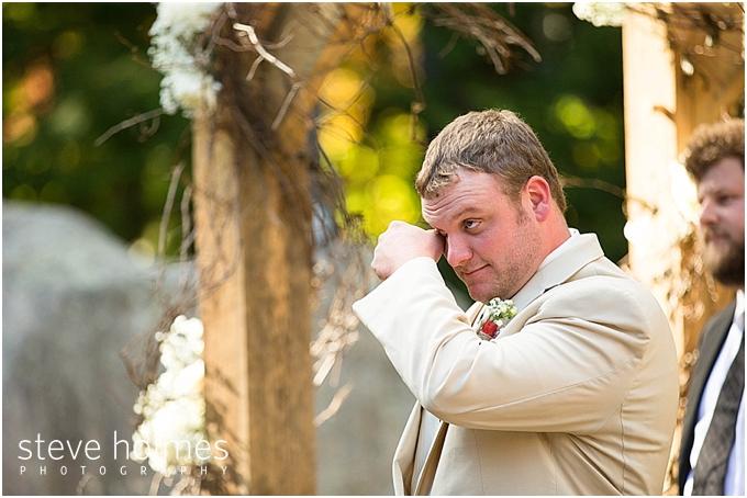50_groom-tears
