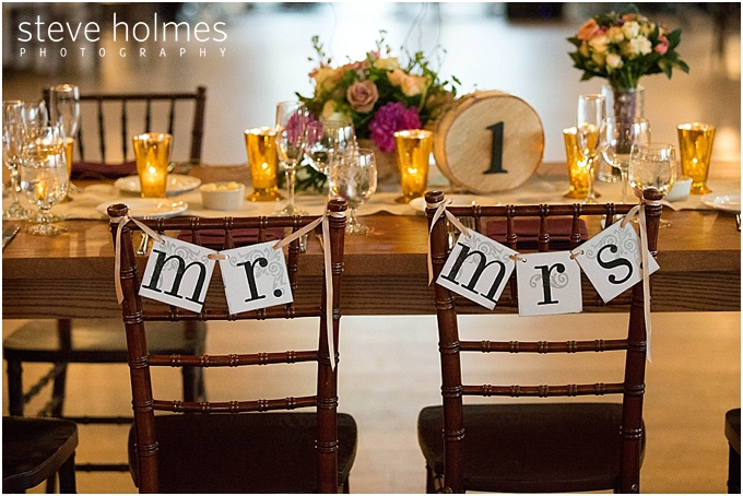 58_mr-mrs-chair-signs
