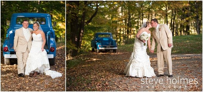 66_bride-groom-pickup-truck