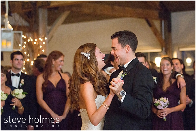 70_bride-groom-first-dance-laugh