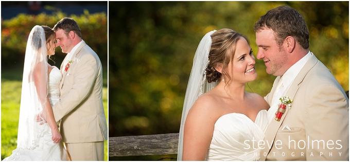 71_bride-groom-outdoors