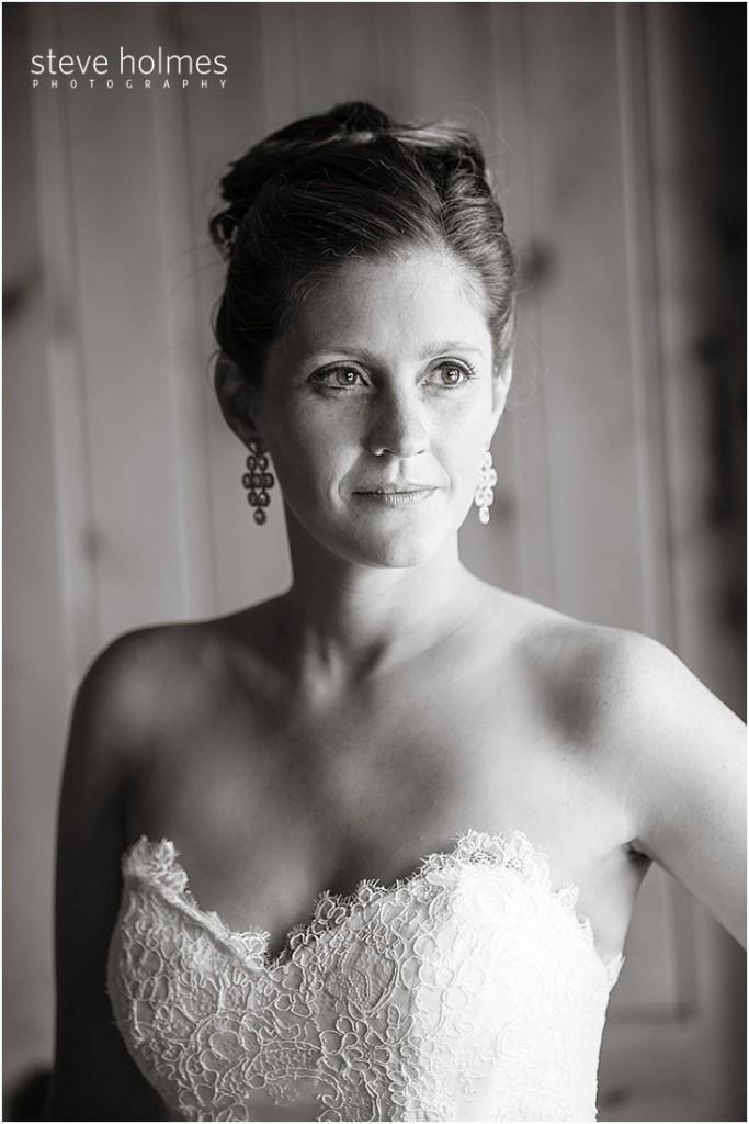 10_close-up-of-bride
