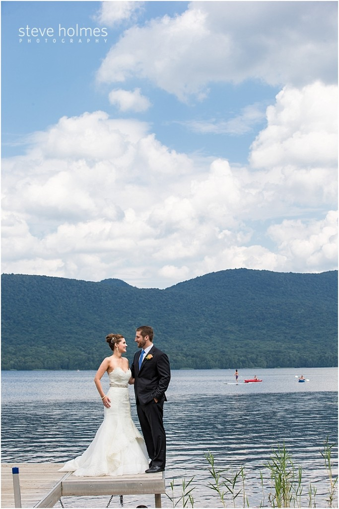 28_bride-groom-pier