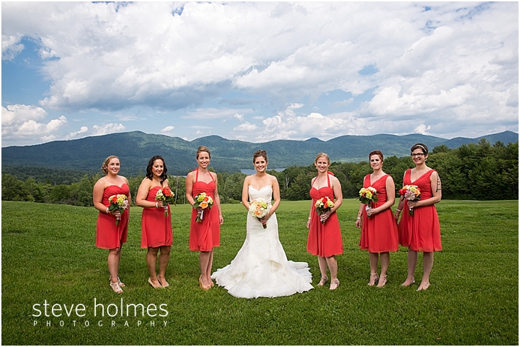 32_bride-bridesmaids-outside-mountains