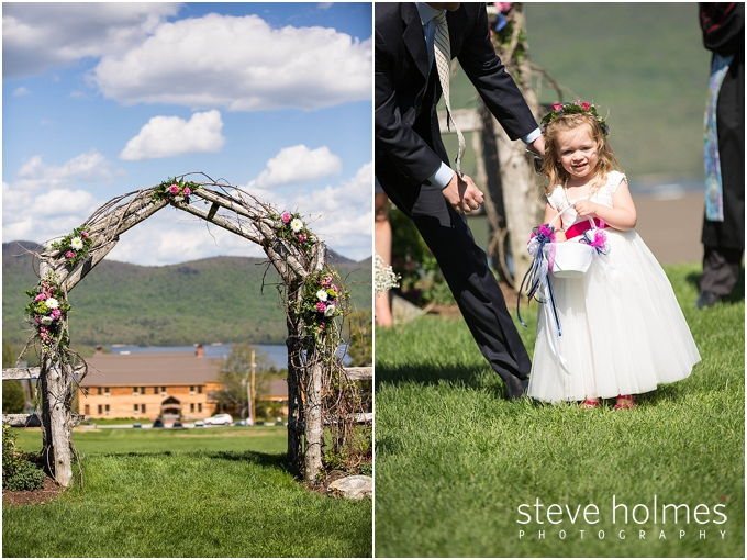34_wooden-arch-flowers-ceremony