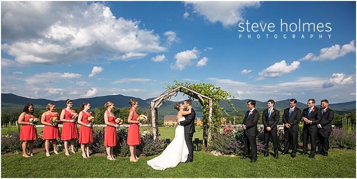 48_bride-groom-first-kiss
