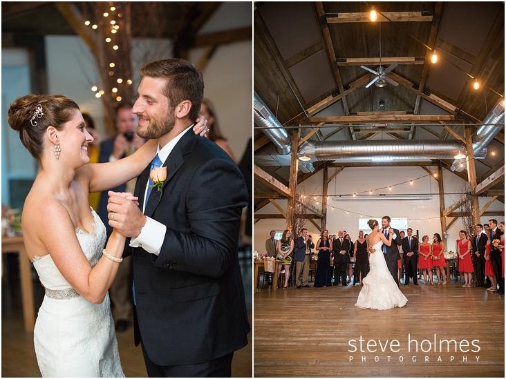 64_bride-groom-first-dance