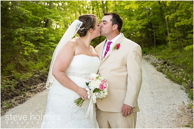 76_bride-groom-kiss-woods