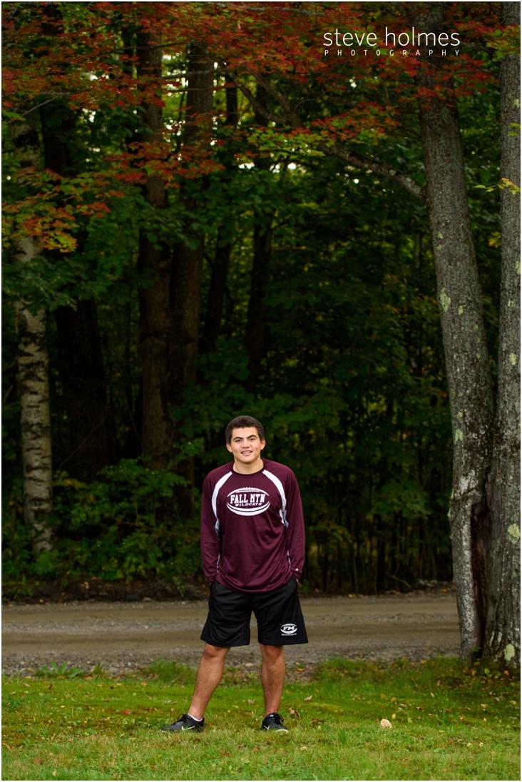 2_boy-fall-nh-senior-portrait