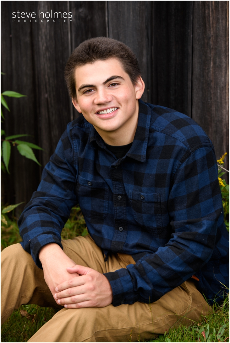 7_boy-in-blue-and-black-checkered-shirt-senior-portrait