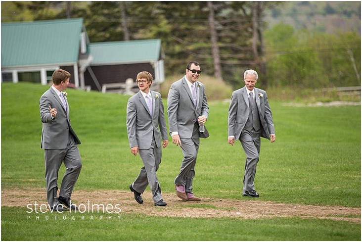 29_men-walk-toward-ceremony