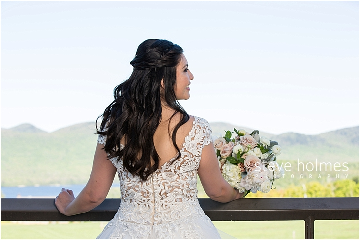 61_back-view-of-bride-with-bouquet