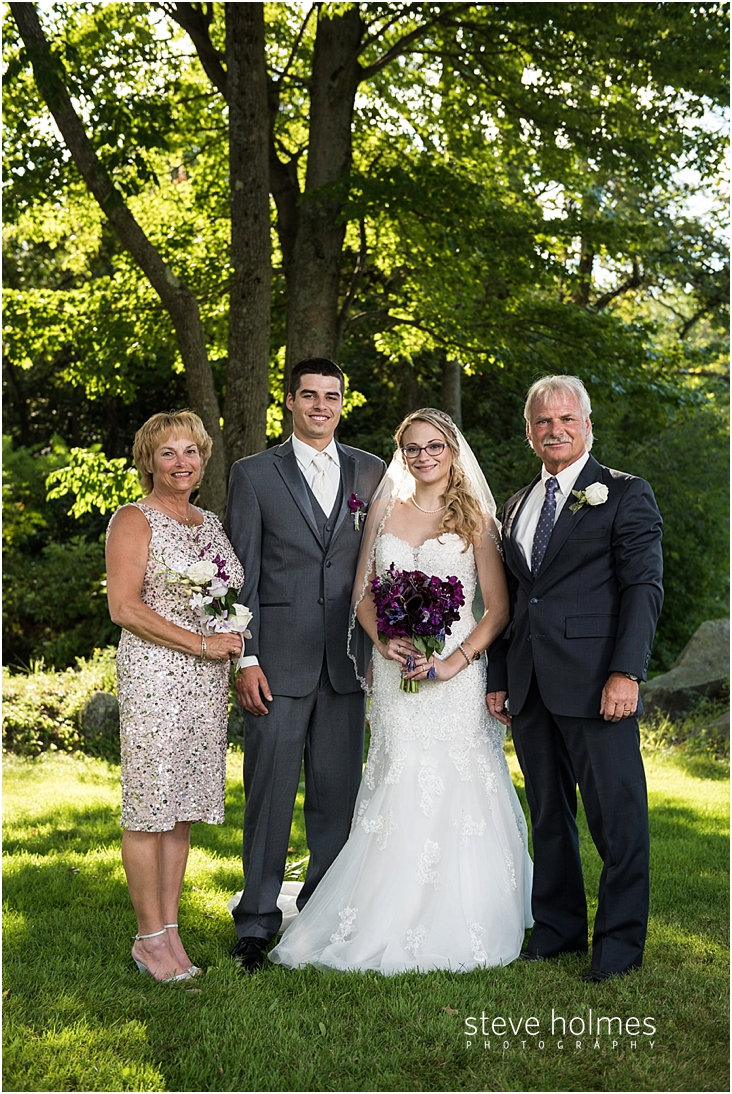 48_bride-and-groom-with-parents