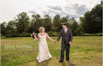 54_bride-and-groom-holding-hands-looking-at-each-other