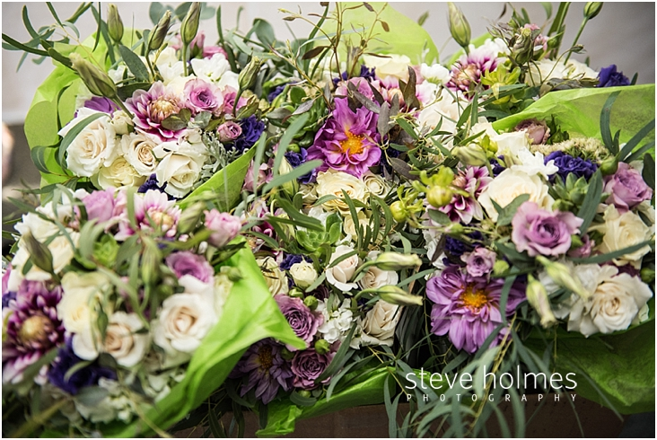 Outdoor-Brattleboro-Country-Club-Wedding-Photos-by-Steve-Holmes-Photography-017