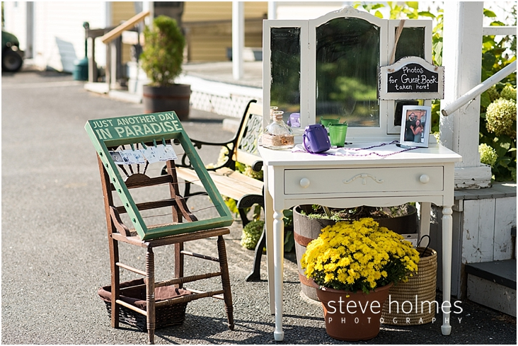 Outdoor-Brattleboro-Country-Club-Wedding-Photos-by-Steve-Holmes-Photography-072