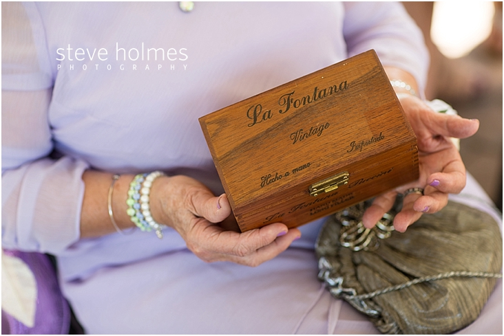 Outdoor-Brattleboro-Country-Club-Wedding-Photos-by-Steve-Holmes-Photography-113