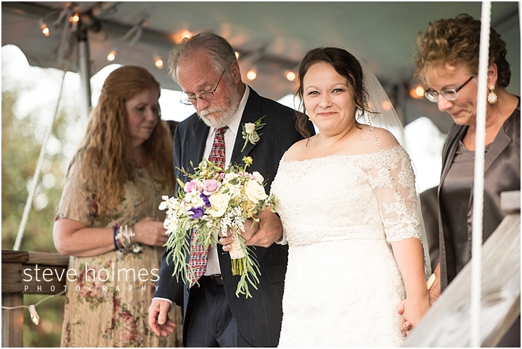 Outdoor-Brattleboro-Country-Club-Wedding-Photos-by-Steve-Holmes-Photography-138
