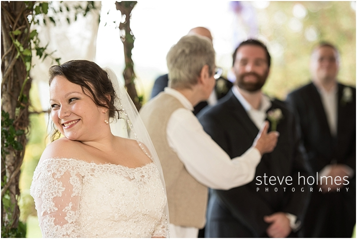 Outdoor-Brattleboro-Country-Club-Wedding-Photos-by-Steve-Holmes-Photography-155