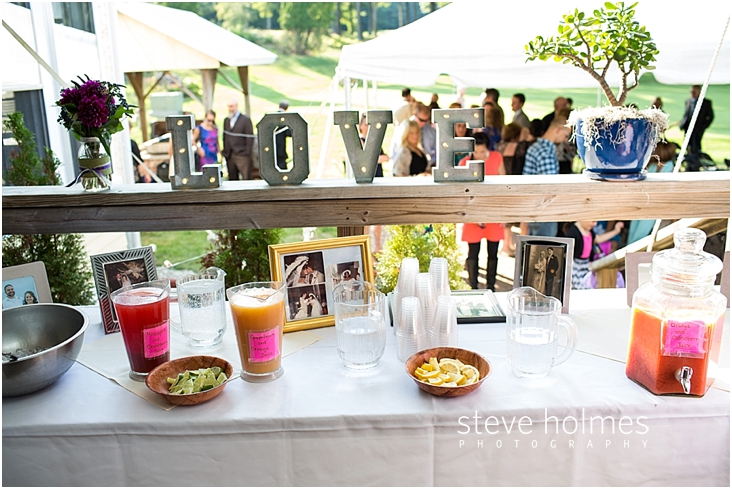 Outdoor-Brattleboro-Country-Club-Wedding-Photos-by-Steve-Holmes-Photography-230