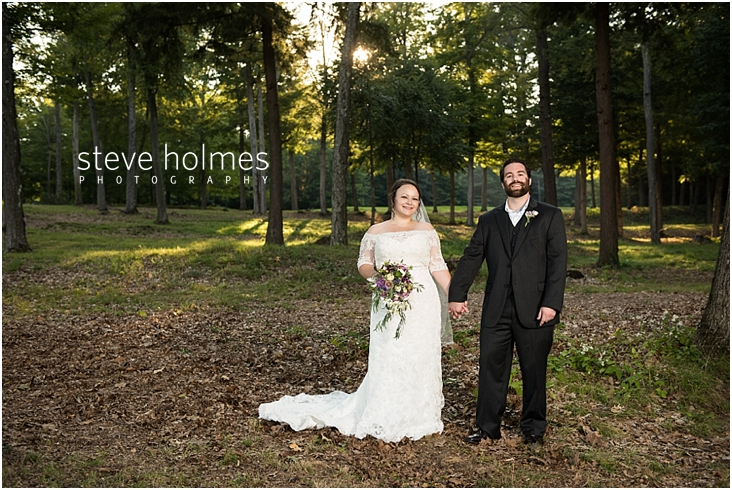 Outdoor-Brattleboro-Country-Club-Wedding-Photos-by-Steve-Holmes-Photography-362