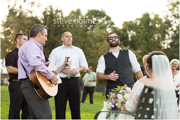 Outdoor-Brattleboro-Country-Club-Wedding-Photos-by-Steve-Holmes-Photography-400