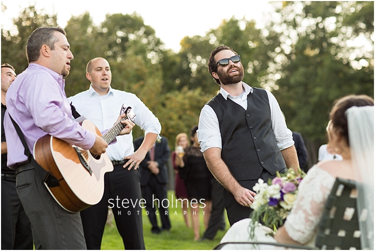 Outdoor-Brattleboro-Country-Club-Wedding-Photos-by-Steve-Holmes-Photography-412