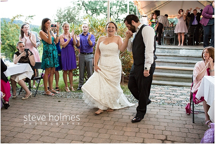 Outdoor-Brattleboro-Country-Club-Wedding-Photos-by-Steve-Holmes-Photography-495