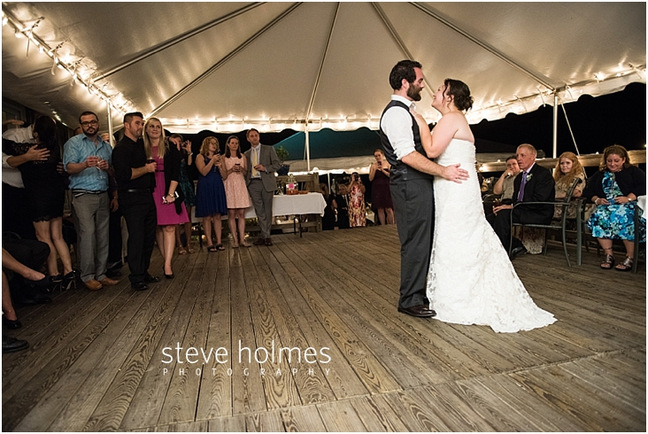 Outdoor-Brattleboro-Country-Club-Wedding-Photos-by-Steve-Holmes-Photography-575