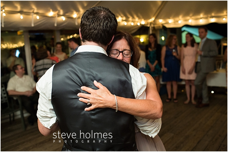 Outdoor-Brattleboro-Country-Club-Wedding-Photos-by-Steve-Holmes-Photography-606