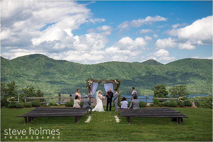 20_saying-vow-with-mountain-view_web