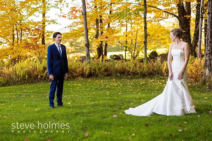 18_Grooms meets bride outdoors for first look on beautiful autumn day.jpg