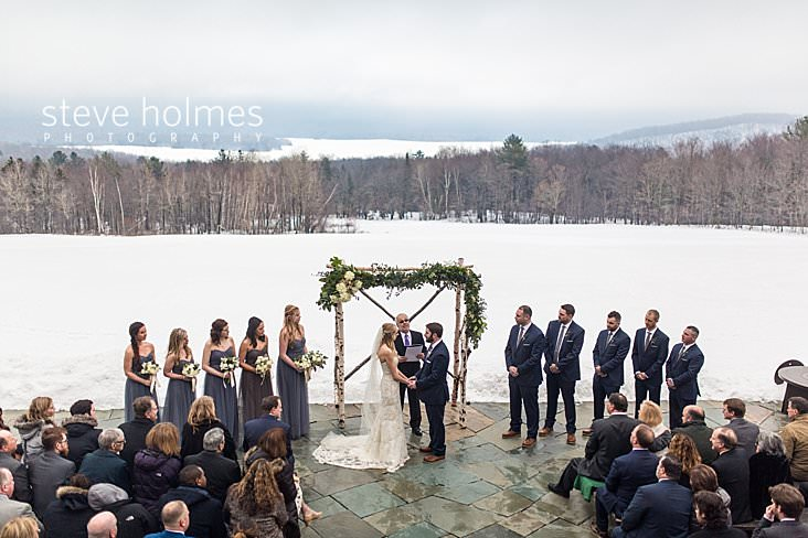 28_Birds eye view above outdoor, winter wedding ceremony.jpg