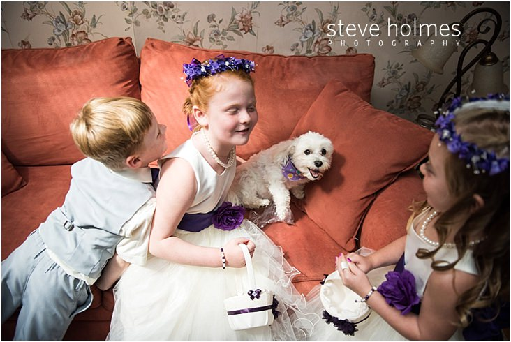 13_flower-girls-ring-bearer-dog