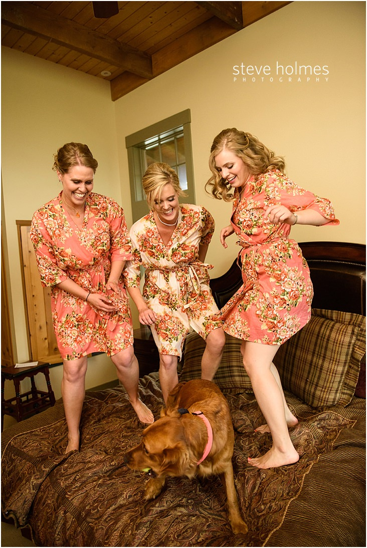 35_bridesmaids-jumping-on-bed-with-dog