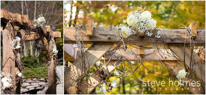 36_timber-frame-arch-wedding