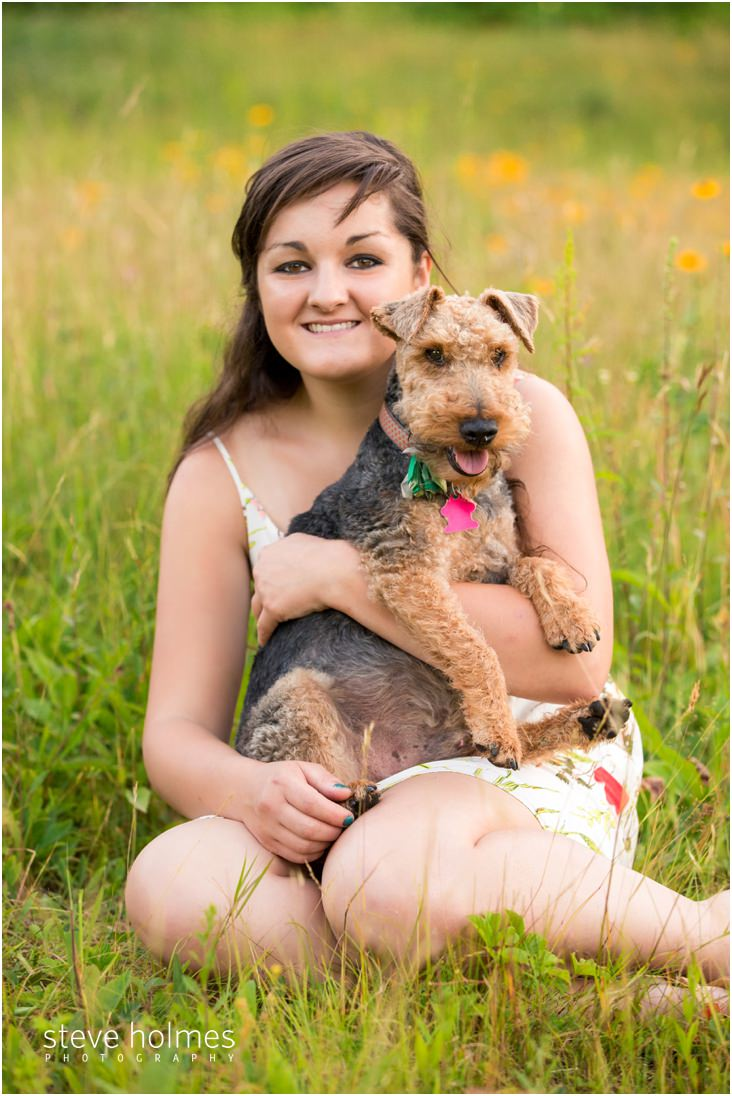 5_senior-portrait-girl-with-dog
