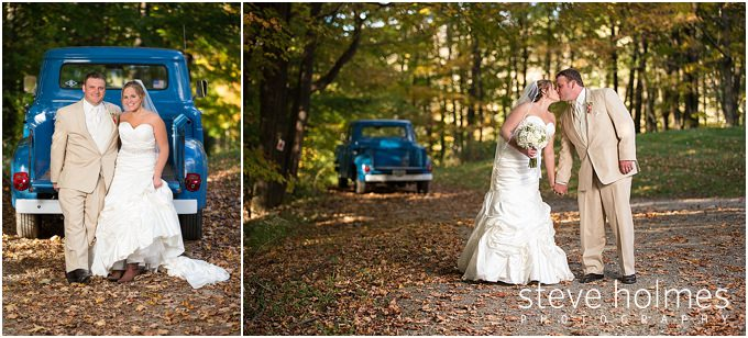 66_bride-groom-pickup-truck