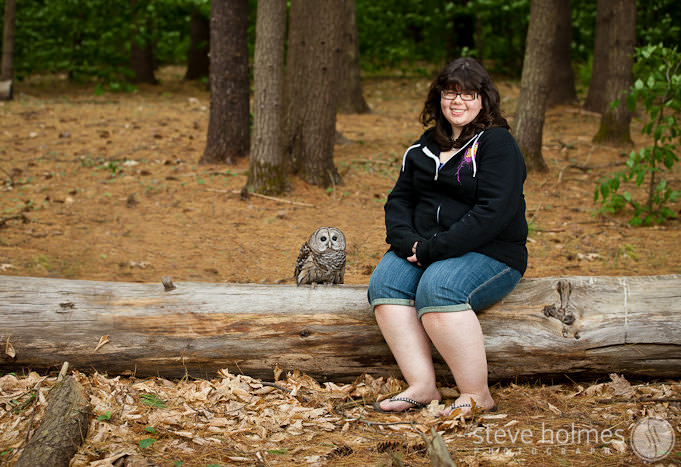 keene-senior-portrait-with-owl
