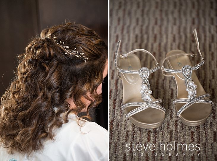 05_Side view of bride's partial updo with pearl ivy barrette_.jpg