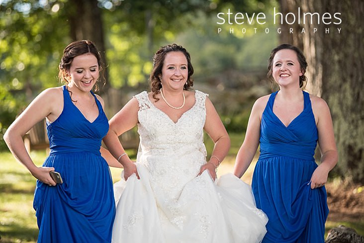 14_Bride walks with her twin sister bridesmaids.jpg