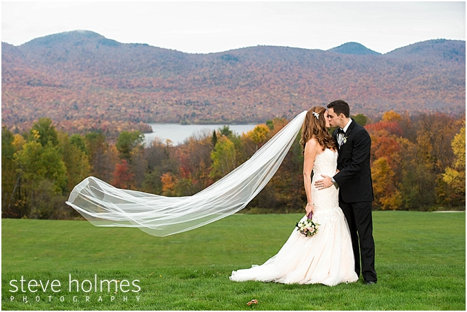 49 Bride Groom Kiss Outdoors